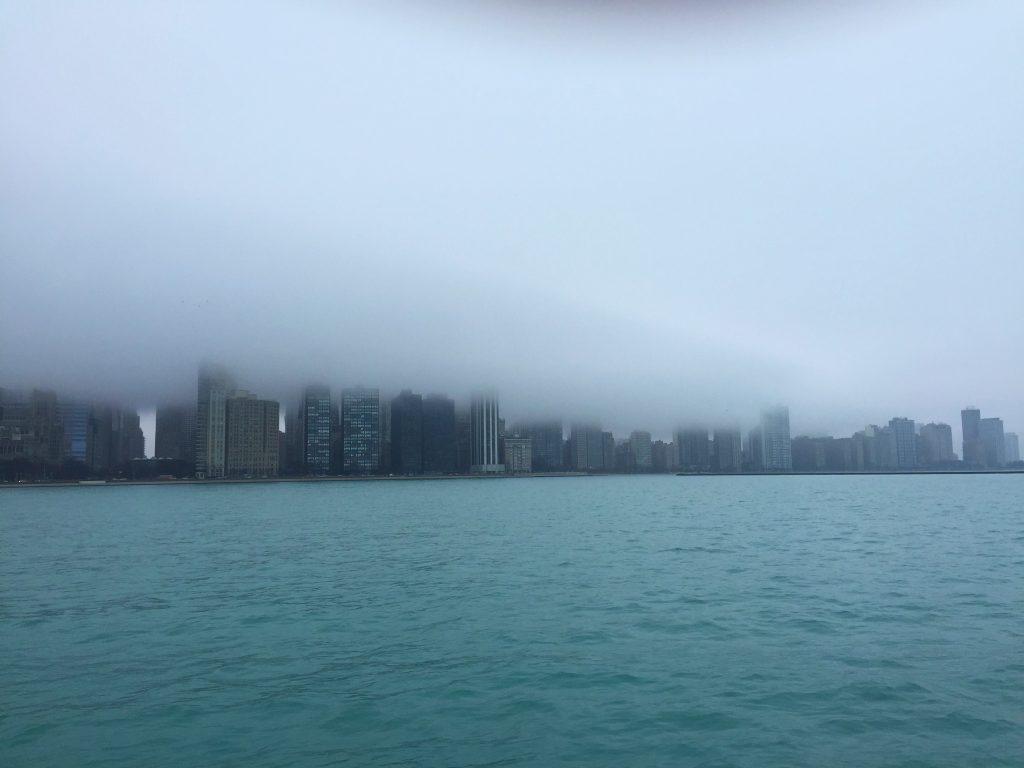 Travel Guide Chicago Skyline